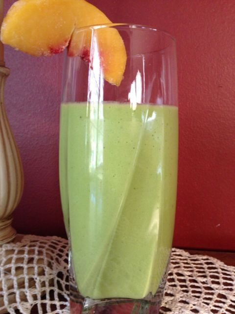 Tropical Green Smoothie with Peach